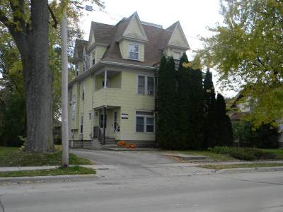 Oshkosh Multi Family Home Active-No Offer: 1137 Wisconsin