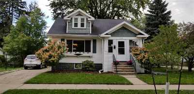 Green Bay Single Family Home Active-Offer No Bump: 905 Division