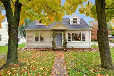 Neenah Single Family Home Active-Offer No Bump: 778 Cleveland
