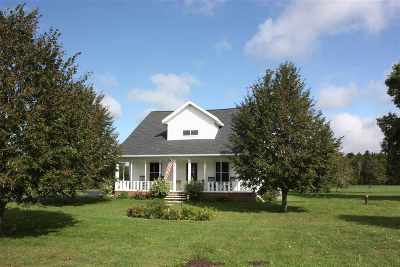 Shawano Single Family Home Active-Offer No Bump-Show: W8546 Hwy A
