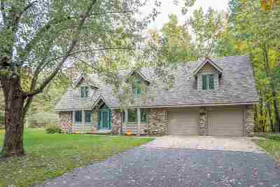 Howard, Suamico Single Family Home Active-Offer No Bump: 2140 Carleen