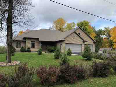 Shawano Single Family Home Active-Offer No Bump-Show: N5795 Edgewood