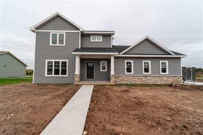 Appleton Single Family Home Active-No Offer: W5726 Parker