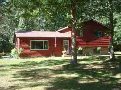 Waupaca Single Family Home Active-Offer No Bump: N1401 Drivas