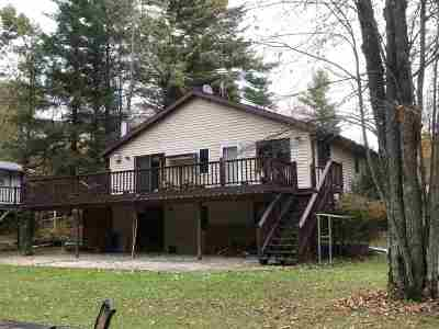 Crivitz Single Family Home Active-No Offer: N6925 Wood Duck