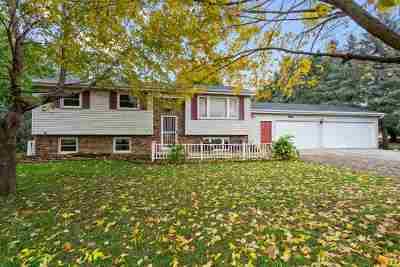 Neenah Single Family Home Active-Offer No Bump: 2986 W Shady