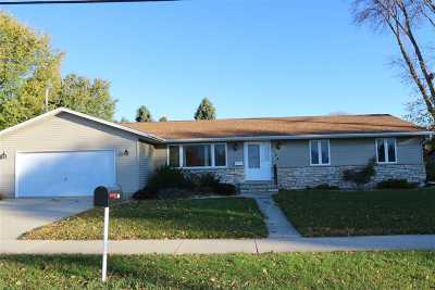 Kaukauna Single Family Home Active-Offer No Bump: 134 W Ann