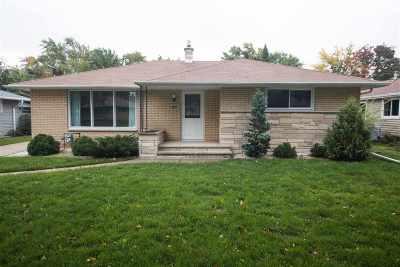 Appleton Single Family Home Active-Offer No Bump: 1213 E Lindbergh