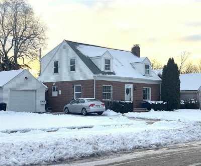 Appleton Single Family Home Active-No Offer: 1718 S Douglas