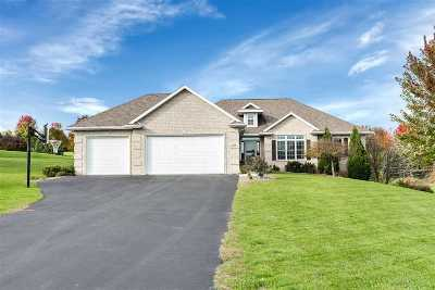 Green Bay Single Family Home Active-No Offer: 3745 Gliding Hawk