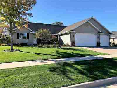 Kaukauna Single Family Home Active-Offer No Bump: 217 Nikki