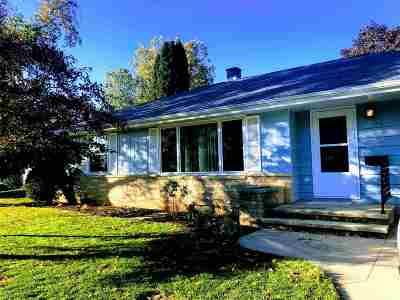 Appleton Single Family Home Active-No Offer: 1218 W Brewster