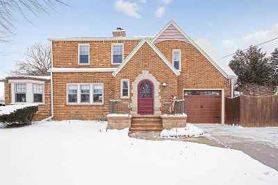 Appleton Single Family Home Active-No Offer: 707 W Prospect