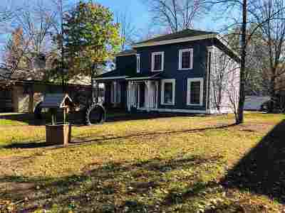 Waupaca Single Family Home Active-Offer No Bump: 405 Granite