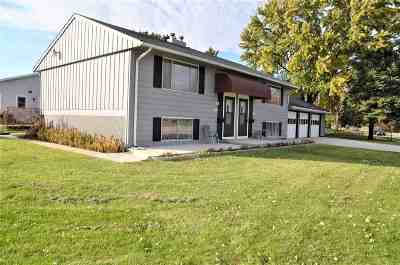 Neenah Multi Family Home Active-No Offer: 1073 Gillingham