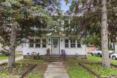 Green Bay Single Family Home Active-No Offer: 1524 Elm