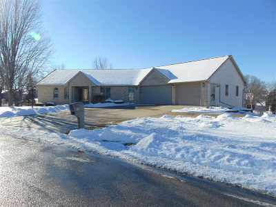 Appleton Single Family Home Active-No Offer: N419 Fontana
