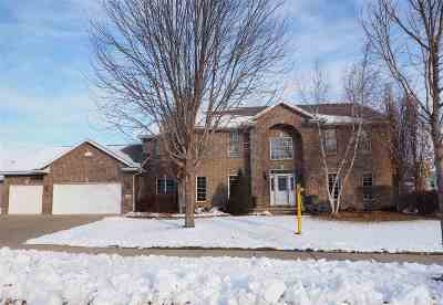 Appleton Single Family Home Active-No Offer: 232 E Wentworth