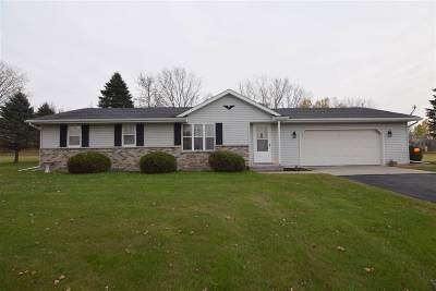 Seymour Single Family Home Active-Offer No Bump: W3875 Hwy 54