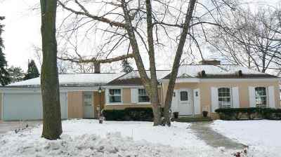 Green Bay Single Family Home Active-Offer No Bump: 203 Warren