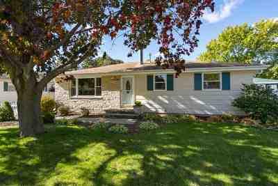 Neenah Single Family Home Active-Offer No Bump: 1069 Honeysuckle