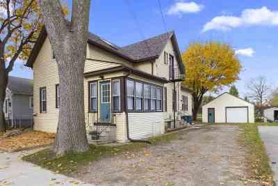 Oshkosh Multi Family Home Active-No Offer: 1208 Carr
