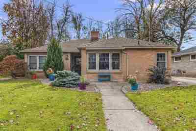 Menasha Single Family Home Active-Offer No Bump: 721 Keyes