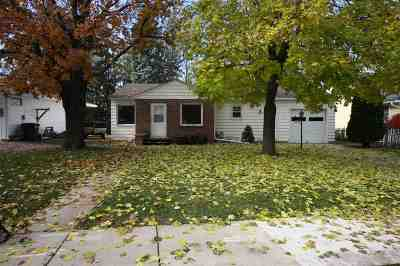 Oshkosh Single Family Home Active-Offer No Bump: 1615 Algoma