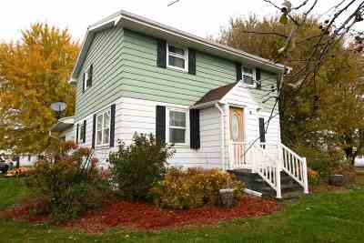 Green Bay Single Family Home Active-No Offer: 5277 Hwy Jj