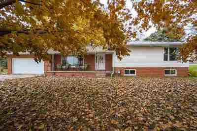 Seymour Single Family Home Active-Offer No Bump: N8515 Hwy 55