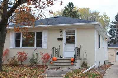 Green Bay Single Family Home Active-Offer No Bump: 1238 Dousman