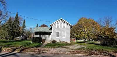 Menasha Single Family Home Active-Offer No Bump: 918 Plank
