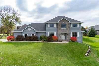 Oshkosh Single Family Home Active-No Offer: 2059 Spencer