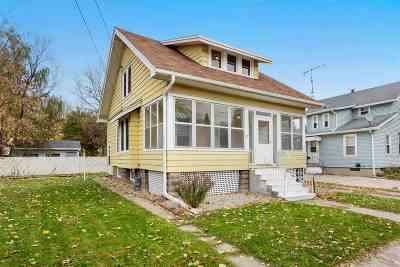 Oshkosh Single Family Home Active-No Offer: 326 Oxford