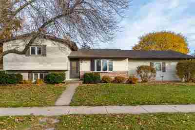 Oshkosh Single Family Home Active-Offer No Bump: 1710 Laurie