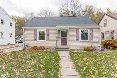 Green Bay Single Family Home Active-No Offer: 441 Victoria