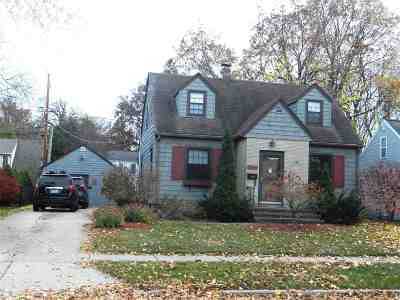 Appleton Single Family Home Active-Offer No Bump: 305 E Frances