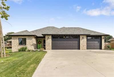 Green Bay Single Family Home Active-No Offer: 3332 Shawano
