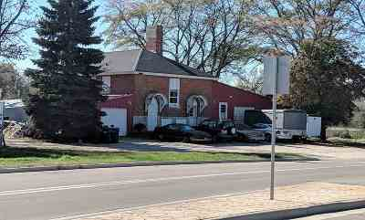 De Pere Single Family Home Active-No Offer: 2524 Heritage