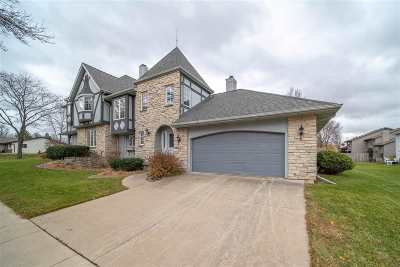 Appleton Condo/Townhouse Active-No Offer: 1017 W Ridgeview