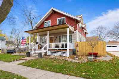Appleton WI Single Family Home Active-Offer No Bump: $142,000