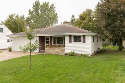 Neenah Single Family Home Active-Offer No Bump: 915 Louise