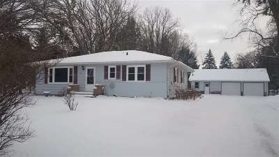 Appleton Single Family Home Active-No Offer: 1221 W Edgewood