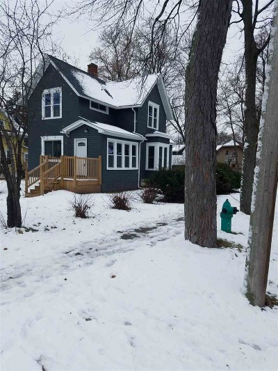 Appleton WI Single Family Home Active-Offer No Bump: $125,000