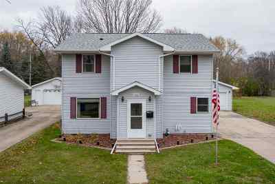 Appleton Single Family Home Active-No Offer: 1832 S Walden