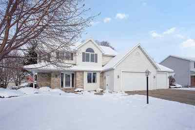 Appleton Single Family Home Active-No Offer: W2596 Oakmeadow