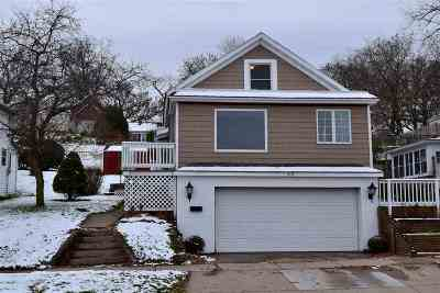 Kaukauna Single Family Home Active-No Offer: 315 W 3rd
