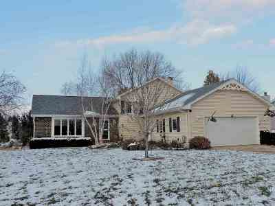 Oshkosh Single Family Home Active-No Offer: 2860 Westmoor