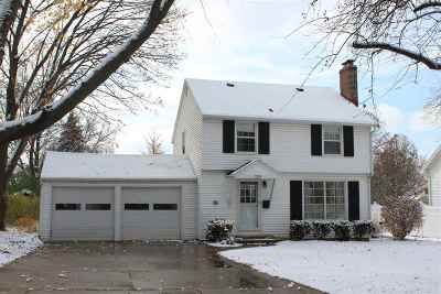 Green Bay Single Family Home Active-No Offer: 325 Iroquois