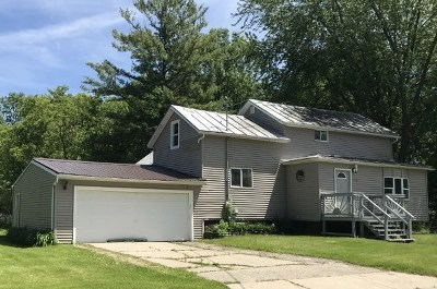 Oconto Single Family Home Active-No Offer: 1410 Superior